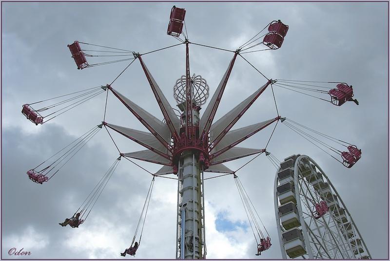 Chaises volantes odon passion photo for Chaise volante